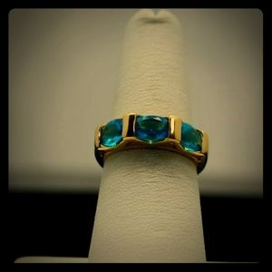 Gorgeous blue topaz ring!